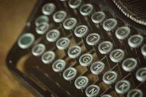 letters-old-typewriter
